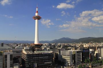kyoto_tower002.jpg
